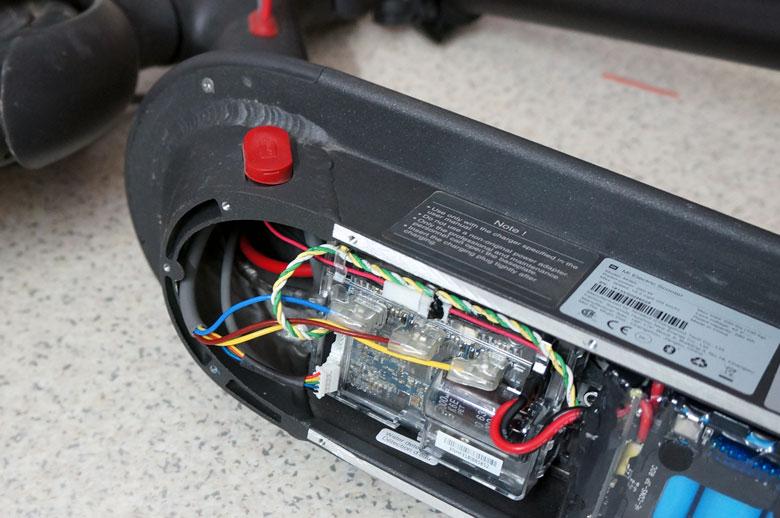 el. paspirtuko baterijos valdymo plokštė