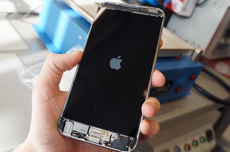 telefono stiklo keitimas Klaipėdoje.