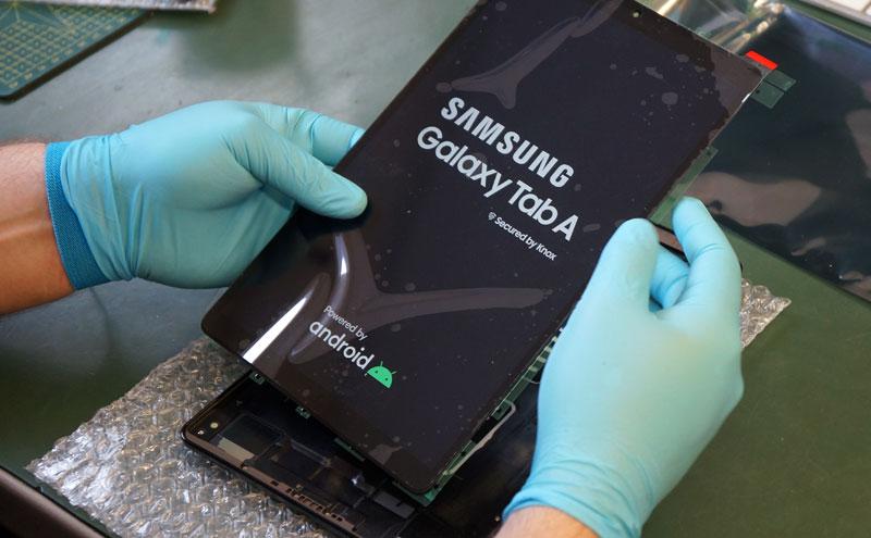 SAMSUNG galaxy tab a ekranas
